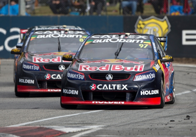 P-20160513-00175_HiRes JPEG 24bit RGB  Holden switches support for 2017 Supercar Championship p 20160513 00175 hires jpeg 24bit rgb